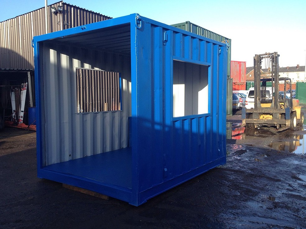 Portable Shelters Containers : Ft blue smoking shelter —
